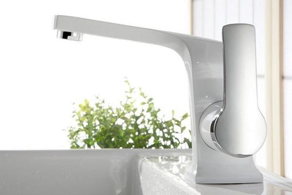 Griferías en baños: La relevancia de su calidad y de su correcta instalación